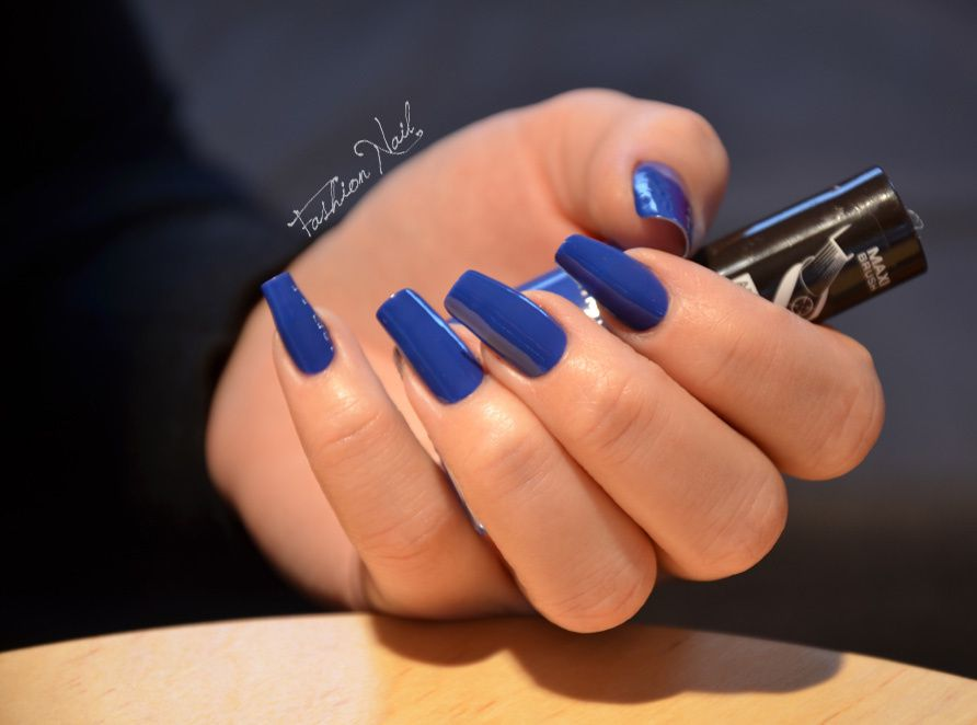 http://a136.idata.over-blog.com/3/65/11/92/A-Nail-Art-26/RimmelLondon-MyDenim425-3.jpg